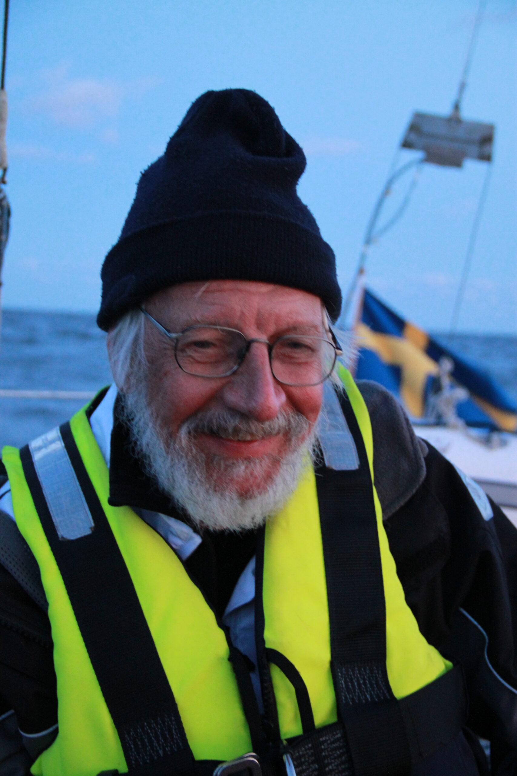 Henrik Swahn under nattsegling till Helsingfors 2011. Foto ©Krister Fröjdh